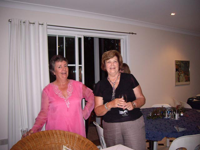 The_Hostess_and_the_Presidents_wife_2_Marys